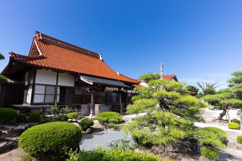 曹洞宗 光圓山 嶺松院 は鳥取県琴浦町の歴史ある寺院です。